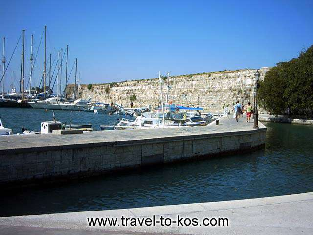 THE PORT OF KOS TOWN - The Neratzia castle iw situatedin the entrance of the Kos port.