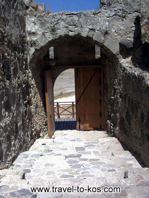 THE FORTRESS OF ANTIMACHIA - The imposing entrance of the Venetian fortress.