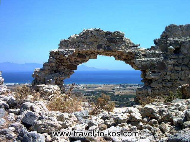 THE FORTRESS OF ANTIMACHIA - The sea side settlement of Antimachia is Mastichari.You can see the beautifyl see from the fortress.