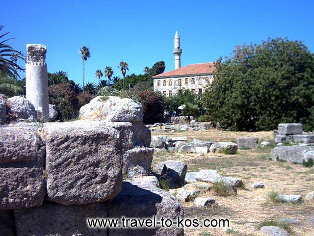 ANCIENT TOWN - A part of the ancient town and the mosque of lotzia.