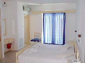 Image of double room of Koala hotel. CLICK TO ENLARGE