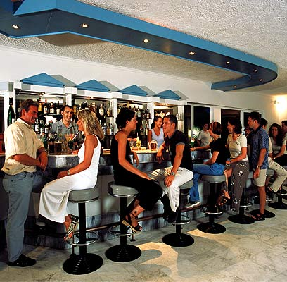 Photo of bar of Achilleas hotel in Kos CLICK TO ENLARGE