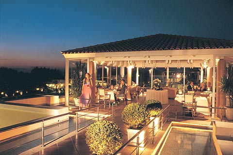 Image of the restaurant of Neptune Resort hotel in Kos Greece CLICK TO ENLARGE