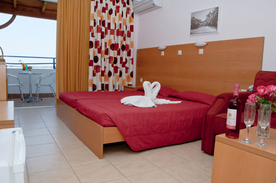 Another photo of a double room of Tigaki Star hotel in Kos CLICK TO ENLARGE