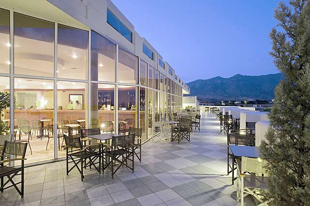 Relax to the amphitheatrical cafe of the Sovereign Beach Hotel in  Kos CLICK TO ENLARGE