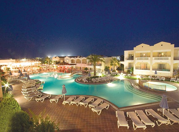 Image of pool by night of Luxury Suites - Pelagos Hotel, Kos Greece. CLICK TO ENLARGE
