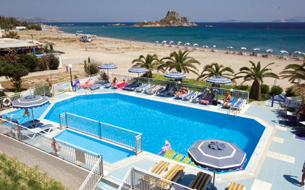 Another photo of pool of Hotel Kordistos. CLICK TO ENLARGE